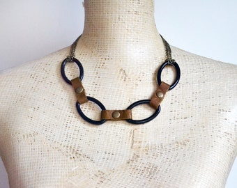 Large Links Leather Necklace, Rivet Bib Necklace, Modern Minimal Chunky Choker, Goth Punk Rock Chic, Statement Peice