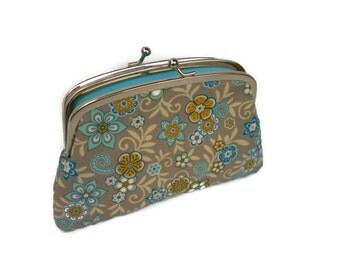 Pretty  floral coin purse with 2 compartment sections in light blue - Metal Frame kiss lock wallet