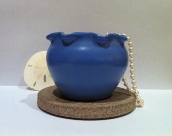 ViNTAGE ART POTTERY - Blue Ruffled Edge Hand Made Cabinet Vase - Attributed to Daniel Boone Pottery - Kentucky Pottery