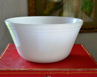 "Federal Glass Milkglass 8"" Mixing Bowl Beaded Edge Mixing Bowl Oven Proof Nesting Dish Milk Glass Nesting Bowl White Glass Mixing Bowl"