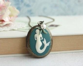 Mermaid Locket Necklace. Best Friends. Large Locket, Sage, Olive Green Brass Locket, Freshwater Pearl, Starfish. Mermaids Locket. Verdigris