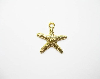 12 Starfish Charms in Gold Tone - C1930