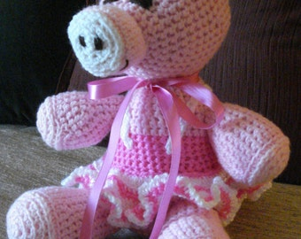"Crocheted pig stuffed animal doll toy ""Pamela"""