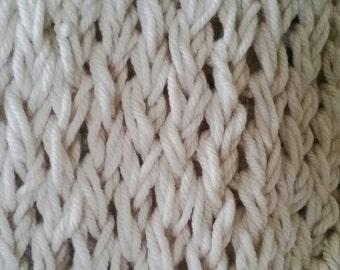 Ultra Warm Chunky Arm Knit Blanket