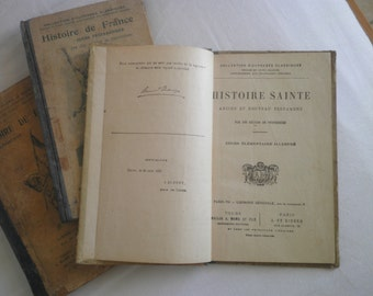 Set of Vintage french history school text books