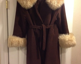 SALE! Vintage Coat- Free Shipping
