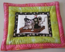 Quilted Sewing Machine Kitty Cat Mug Rug, Hot Pad, Pot Holder, Table Topper.