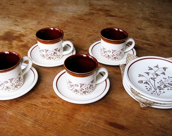 Vintage Retro BILTONS 12 pieces Tea Set - 4 Cups, 4 Saucers, 4 Side Plates