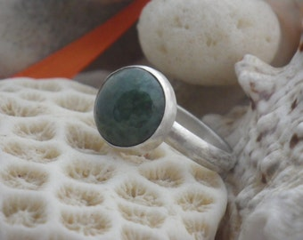 Jade ring, Set in sterling silver. US size 7.