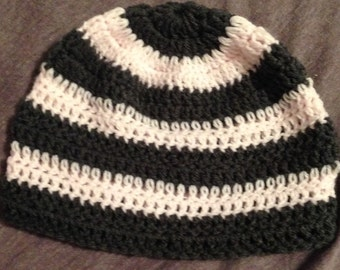 Striped hat for girls