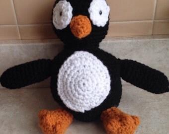 Penguin stuffed animal crocheted, amigurumi penguin, amigurumi bird, plushie, plush penguin, stuffed animals,