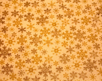 Christmas table runner, Table Centerpiece, Gold tabletopper, snowflakes, reversible, Table Mat, Table Cover, Tablecloth, Quilted
