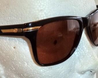 Gucci Vintage Sunglasses 80s Oversized Black Wayfarer Horn Rim Gold Eyeglasses, Gucci Sunglasses, Vintage Glasses, Vintage Gucci, Black