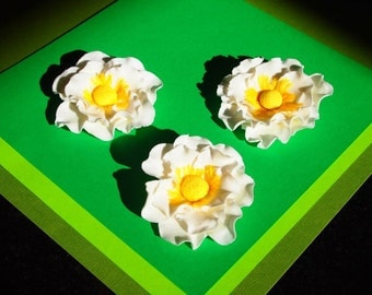 """MADE TO ORDER 3"""" Fondant and Gumpaste Anemone Flower"""