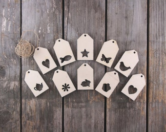 10 lovely Christmas Tags or Tree Decorations