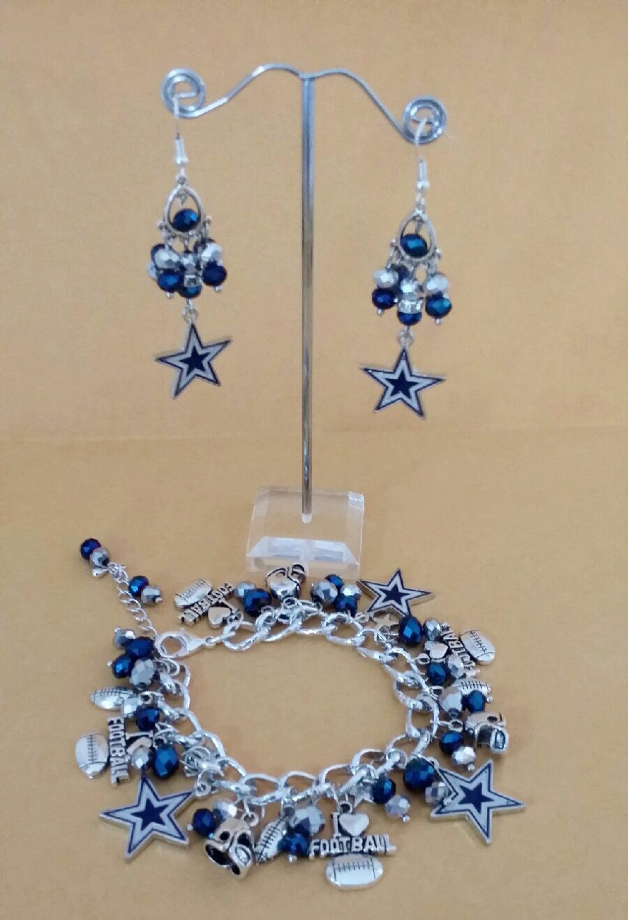 dallas cowboys chunky charm bracelet and by toshiesjewelry. Black Bedroom Furniture Sets. Home Design Ideas