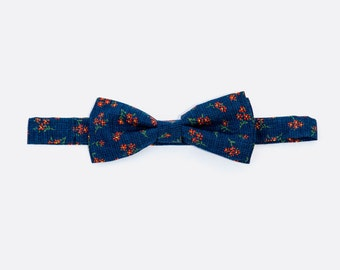 Tangled up in blue, navy floral print, mens bowtie