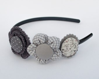Headband with flower fabric and crochet in grey