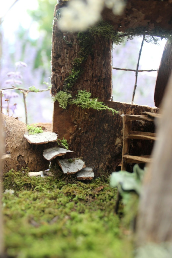 Furnished Riverside Fairy House with Balcony