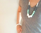 Silicone Teething Necklace Silicone Nursing Necklace Jami in Sky - White Mint Grey