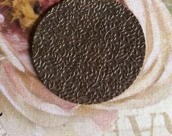 Antique brass leaf pendant 1.75pc