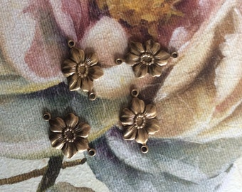 Antiqued brass daisy floral connectors 6 pc