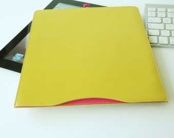 Handmade Leather Sleeve for iPad