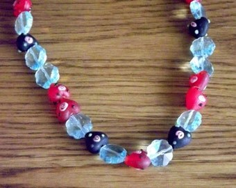 Winter berries glass bead necklace