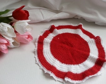 Red & White Doily