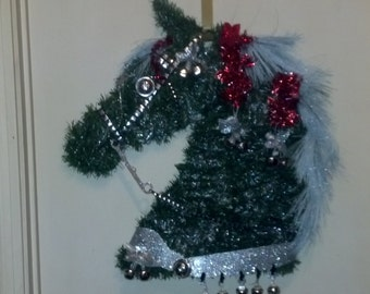 Christmas Parade Horse Door Wreath