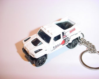 3D Desert Racing truck custom keychain by Brian Thornton keyring key chain finished in white 4x4 pick up offroad dart rescue ridge raider