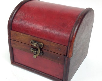 Small Distressed Red Arched Lid Essential Oil Box holds 9 15ml bottles Case/Sheflf/Rack/Storage