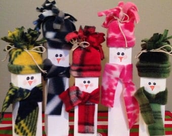 Wooden Snowman Family