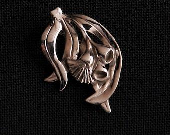 Gumnut Brooch - sterling silver