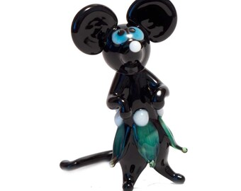 Hand-Blown Glass Mouse Figurine (code 187)