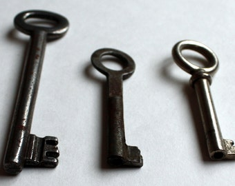 Set of three Vintage Metal  Keys