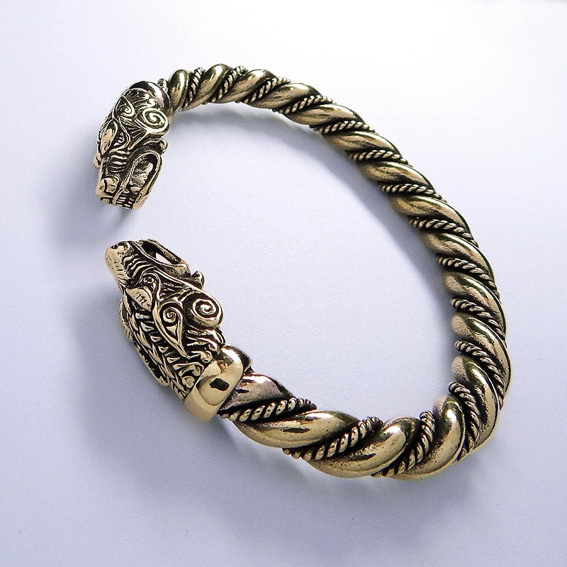 bronze massif viking wolf bracelet bijoux vikings par ruyan. Black Bedroom Furniture Sets. Home Design Ideas