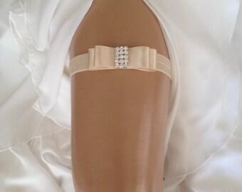 wedding garter, champagne bridal garter, champagne bow, crystal rhinestone/silver