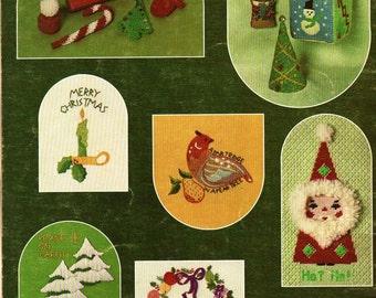 Christmas In Stitches Leaflet 62 - Jean Leinhauser - 1975 - Vintage Craft Book