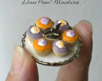 Halloween Cupcake Tray with Bat Cupcake - Dollhouse Miniature Food IGMA Diane Paone