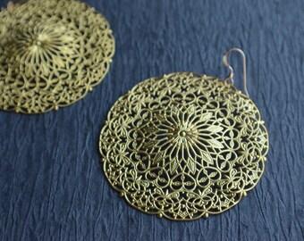 The Ellen- Gold Filigree Earrings