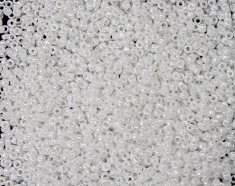 15/0 Opaque Luster White Japanese Seed Bead (20 gm) #JEO009