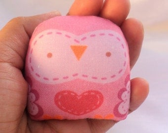 "cute mini owl -- "" öökull "" (pink) -- charm / ornament/ decoration/ art doll owl decor/ kawaii-- (ship in 1 day)"