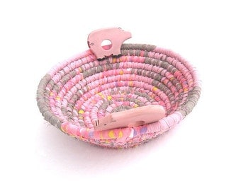 THAT'LL DO  Textile  art Basket  Bowl  in pig pink