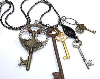 Steampunk Style Stitch Marker Pendant With Vintage Chain -- The Keeper of the Keys (Set-1)
