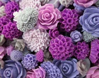 25pc. purple flower cabochon mix,  cute grab bag of roses, mums etc...