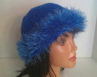 Elegant furry Bogan knit hat
