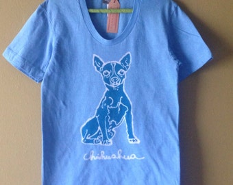 Chihuahua women form fitting t-shirt batik organic cotton turquoise