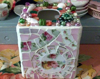 Pretty Shabby Mosaic Tissue Box Holder Pink Roses Home Decor Cottage Chic Shabby Display