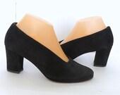 Vintage Suede Shoes  Womens Black Suede Pumps US Sz 6.5... UK 4.5 Block Heel Pumpsl
